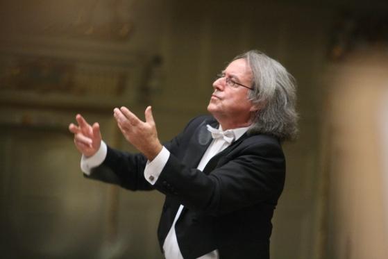 maestro-pijarowski-